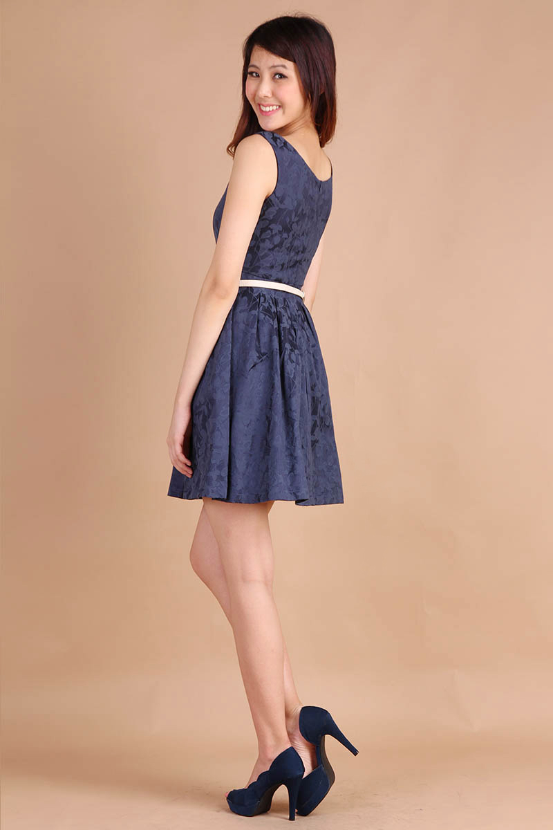 Prom Queen Dress In Midnight Blue Lilypirates