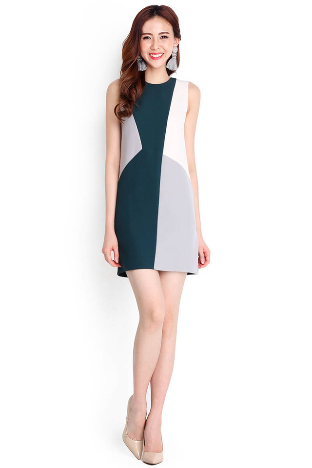 Colour Parade Dress In Forest Green