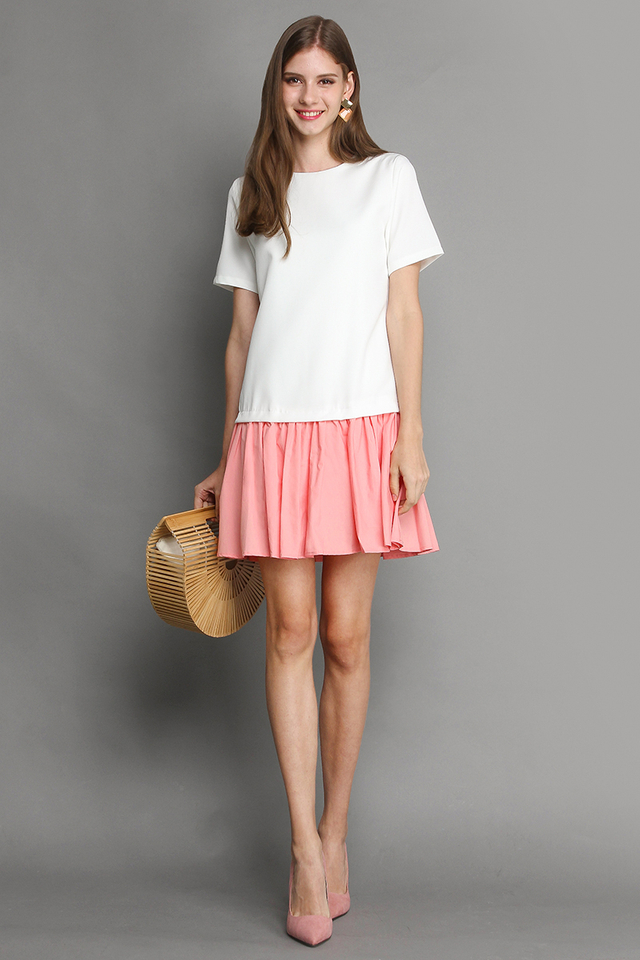 Pop Of Sunshine Dress In White Pink
