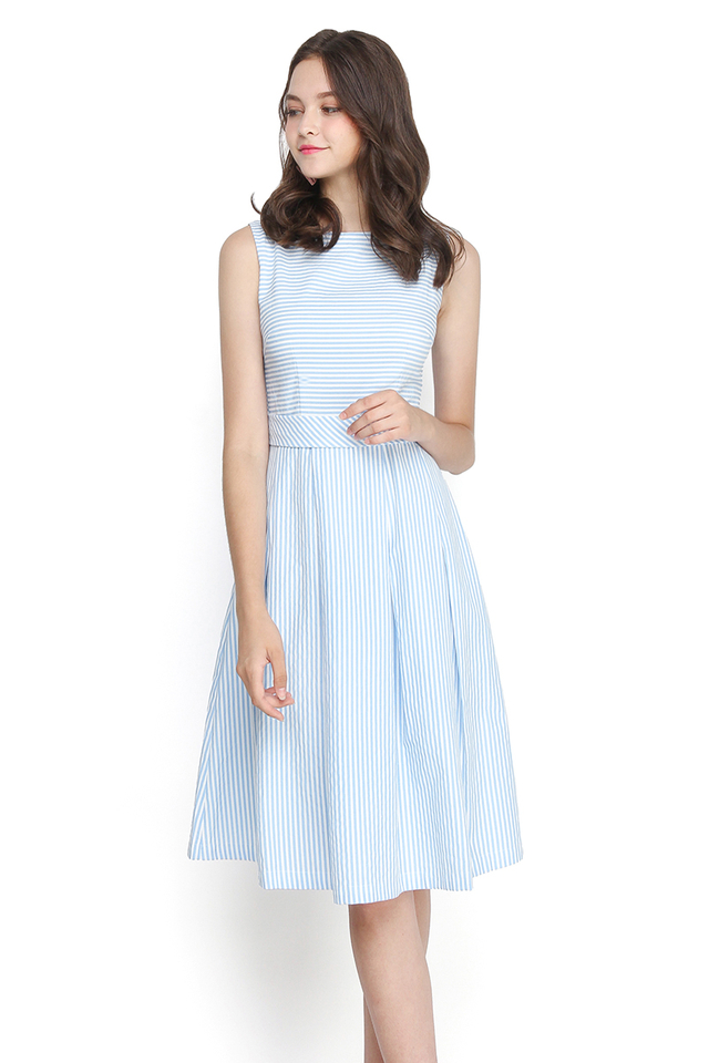 Weekend Vibes Dress In Blue Stripes