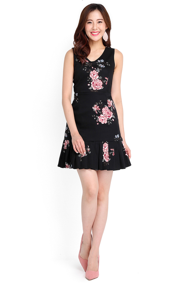 Florence Mornings Dress In Black Florals
