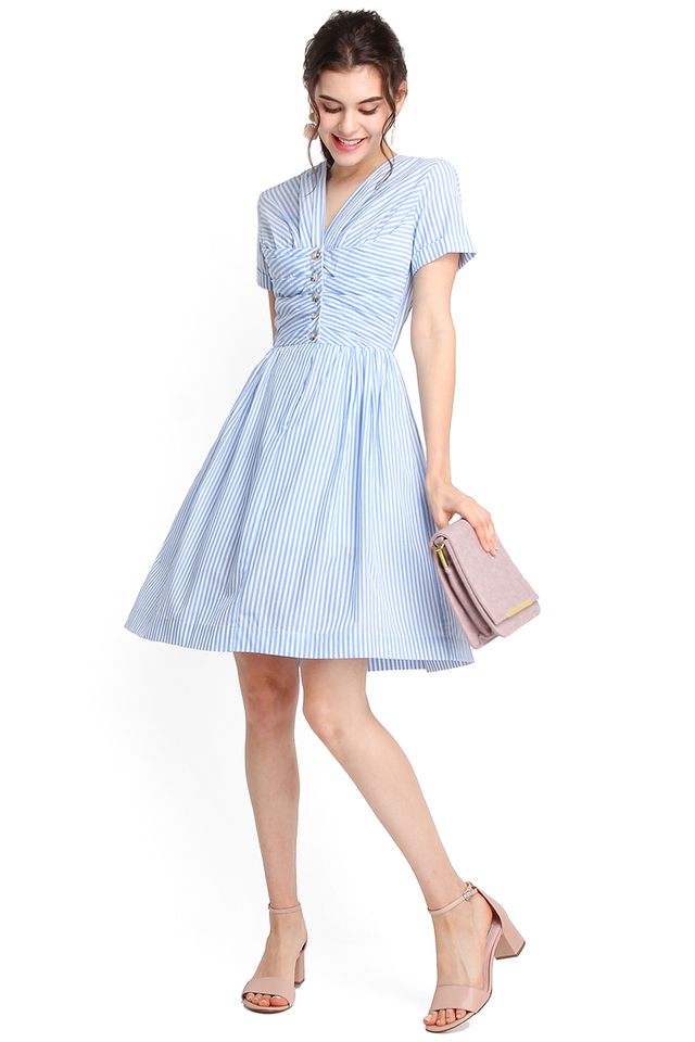 Vacation Dossier Dress In Blue Stripes