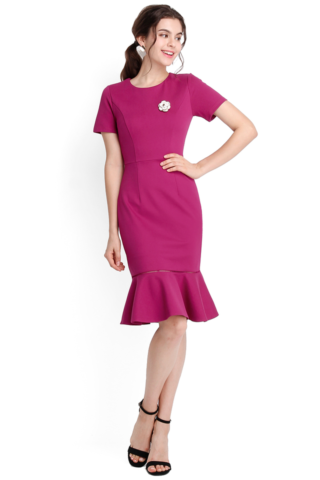 Captivated Gaze Dress In Magenta