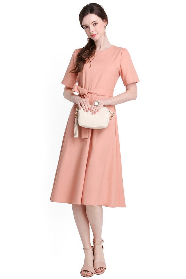 Afternoon Latte Dress In Warm Peach