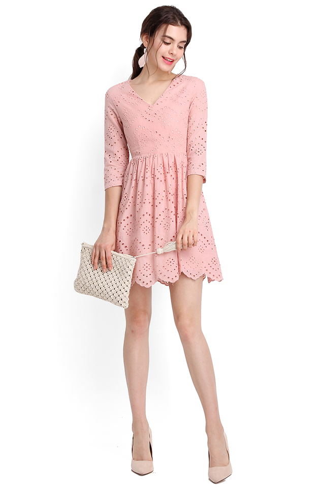 Summer Holiday Dress In Dusty Pink