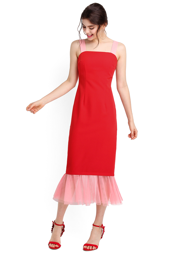 Red Carpet Moment Dress In Crimson Red