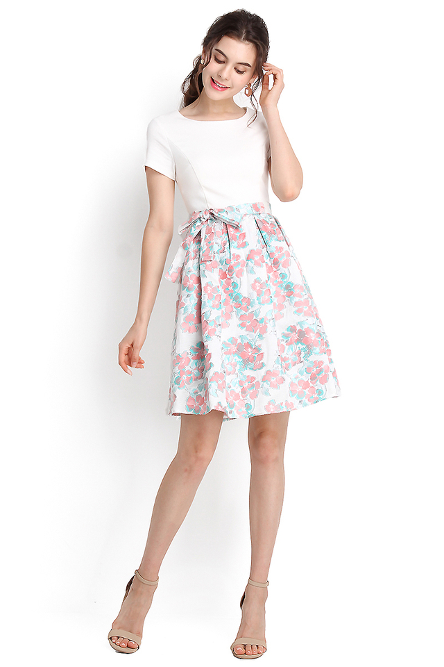 Delight Of Spring Dress In Apricot Florals