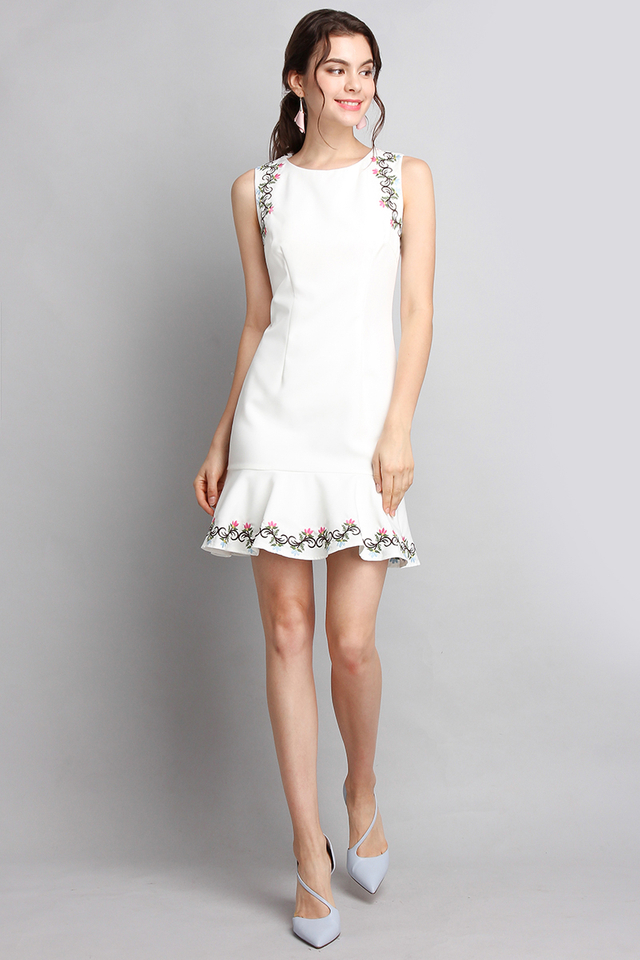 Secret Garden Dress In Classic White