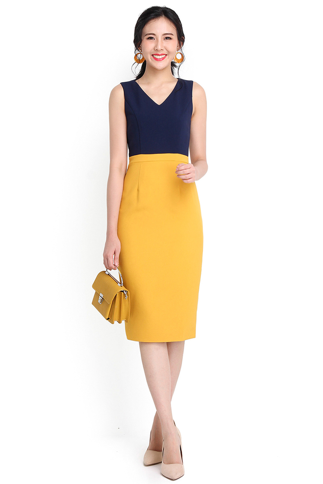Key To Elegance Dress In Navy Yellow
