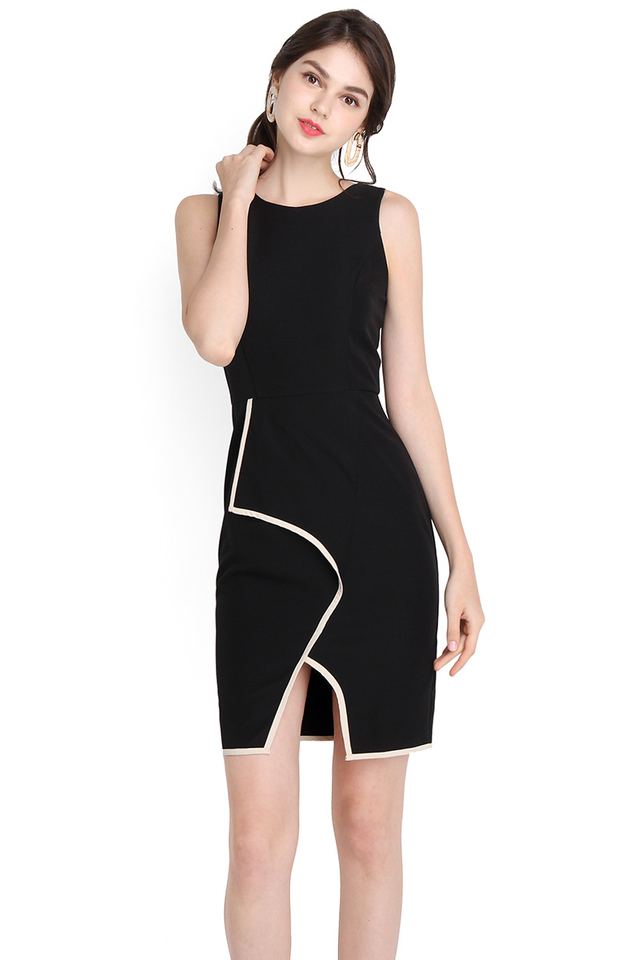 Sartorial Cohesion Dress In Classic Black