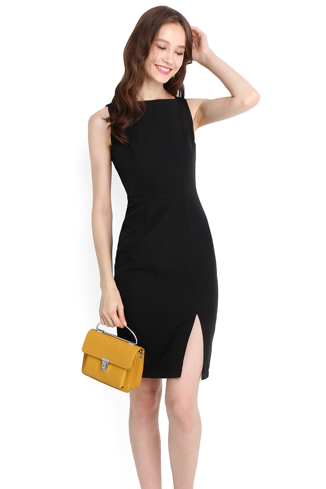 Classy Excellence Dress In Classic Black