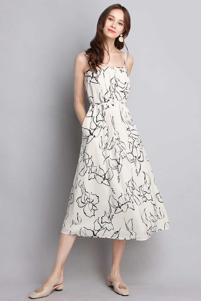 Print Edition Dress In Cream Prints