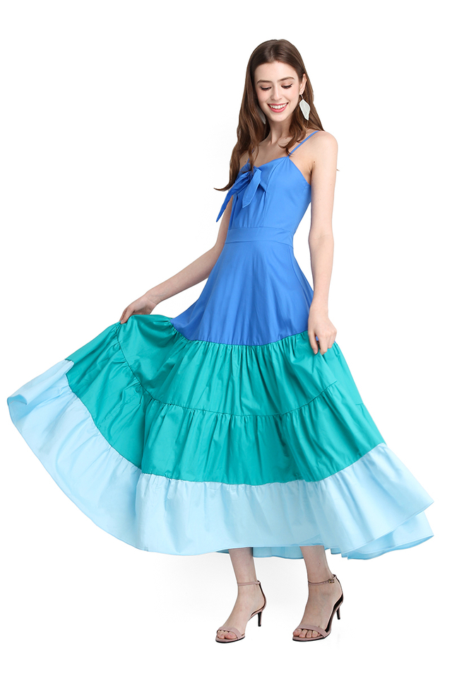 Maldives Paradise Dress In Ocean