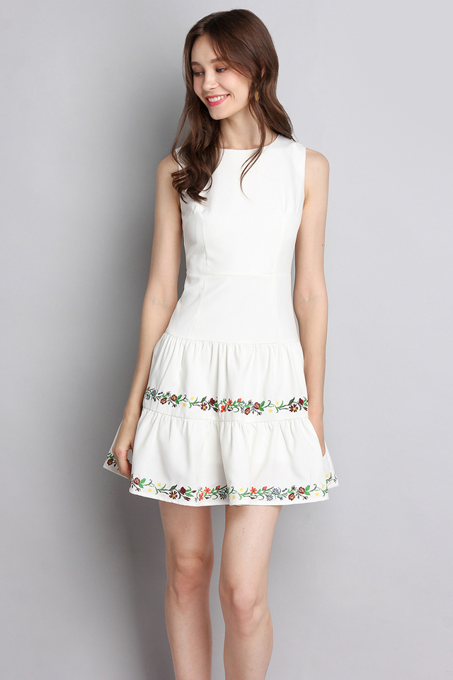 Fine Handicraft Dress In Classic White