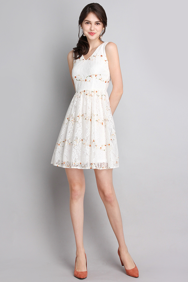 Whimsical Fantasia Dress In Classic White
