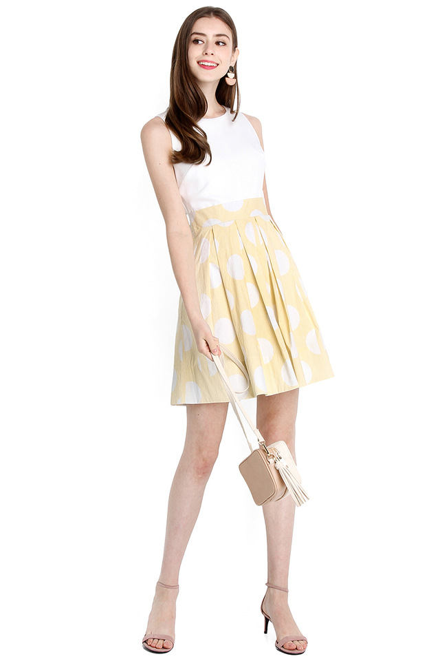Beverly Hills Dress In Yellow Stripes