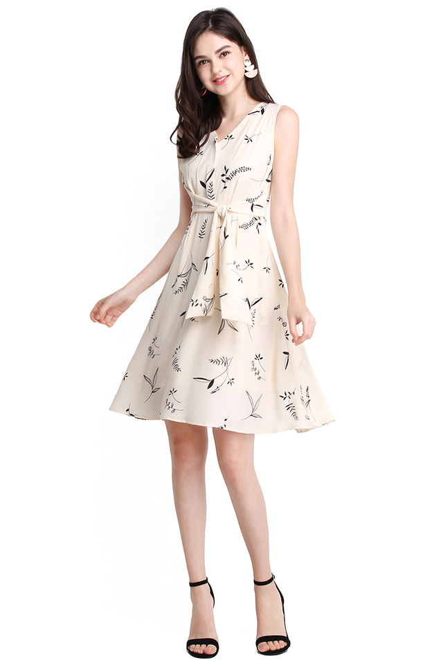 Sweetness Of Spring Dress In Black Prints