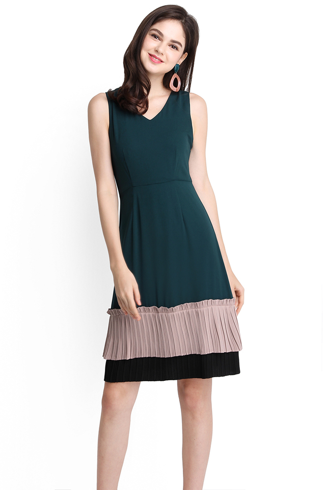 Kindred Soul Dress In Forest Green