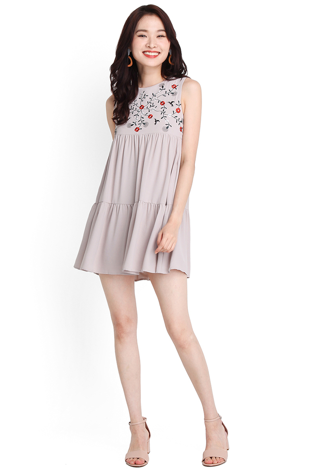 Stitch Of Brilliance Dress In Dove Grey