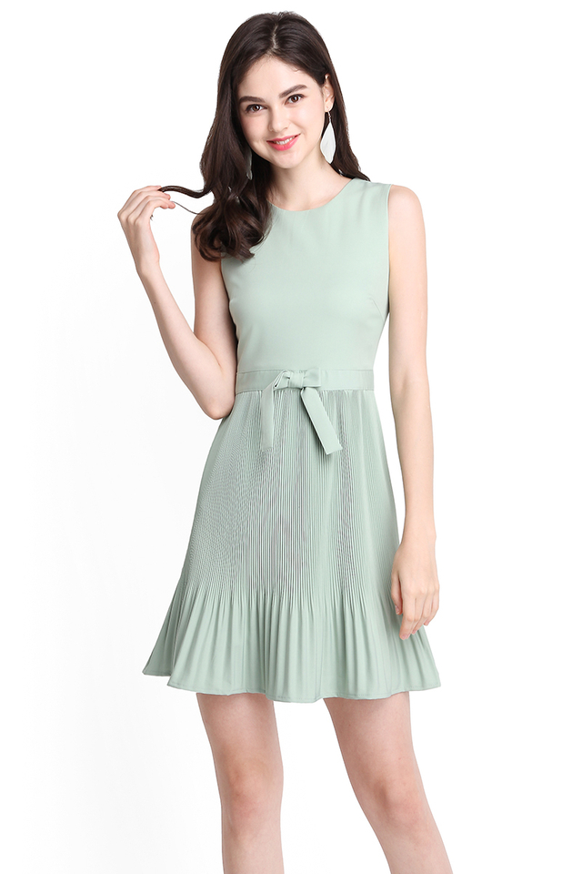 Spring Splendour Dress In Jade
