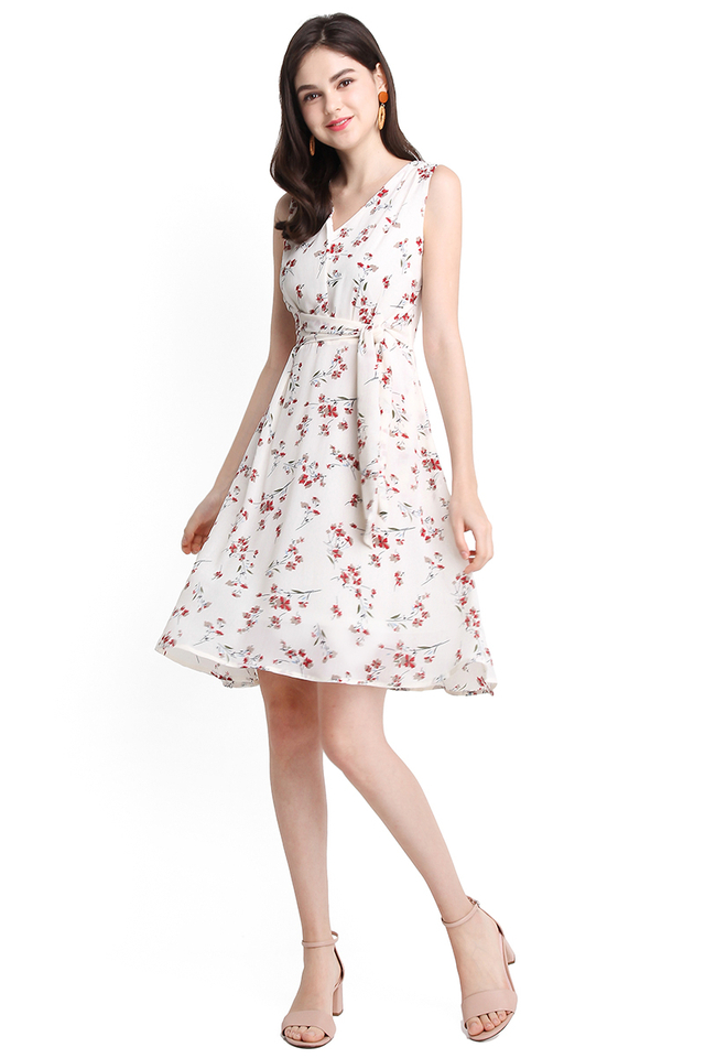 Sweetness Of Spring Dress In Red Florals