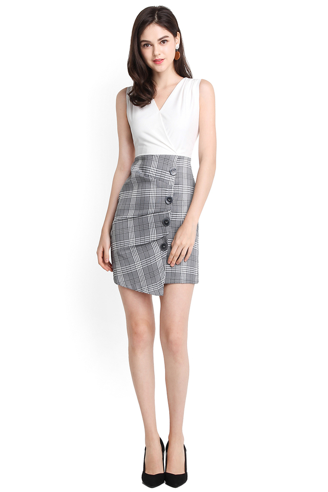 Trailblazer Dress In White Checks