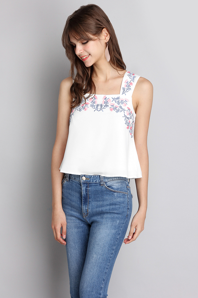 Summery Bliss Top In Classic White