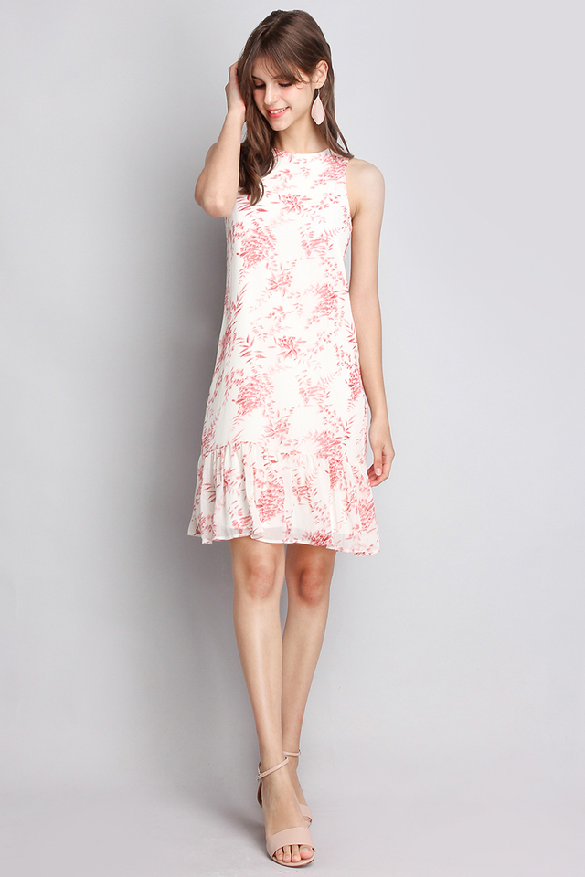 Gorgeously Special Dress In White Florals