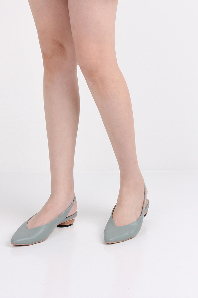 Caroline Sling Backs In Teal Blue