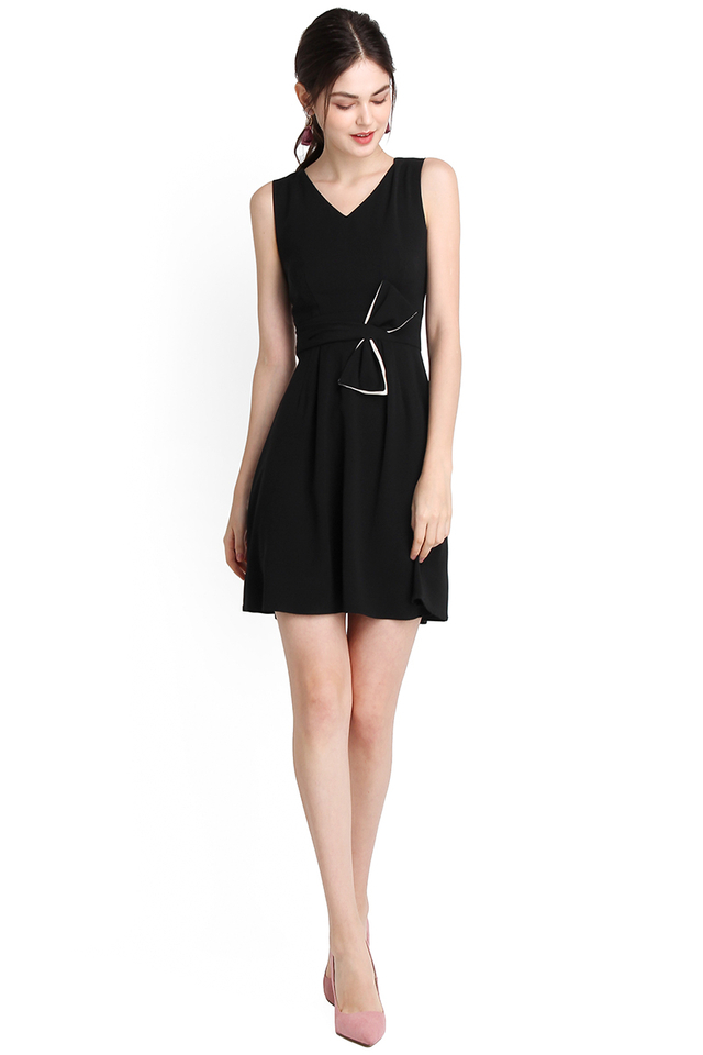 Bow Beauty Dress In Classic Black