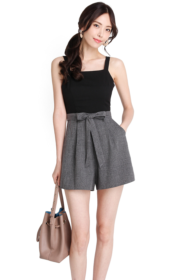 [BO] New York Adventure Romper In Black Grey