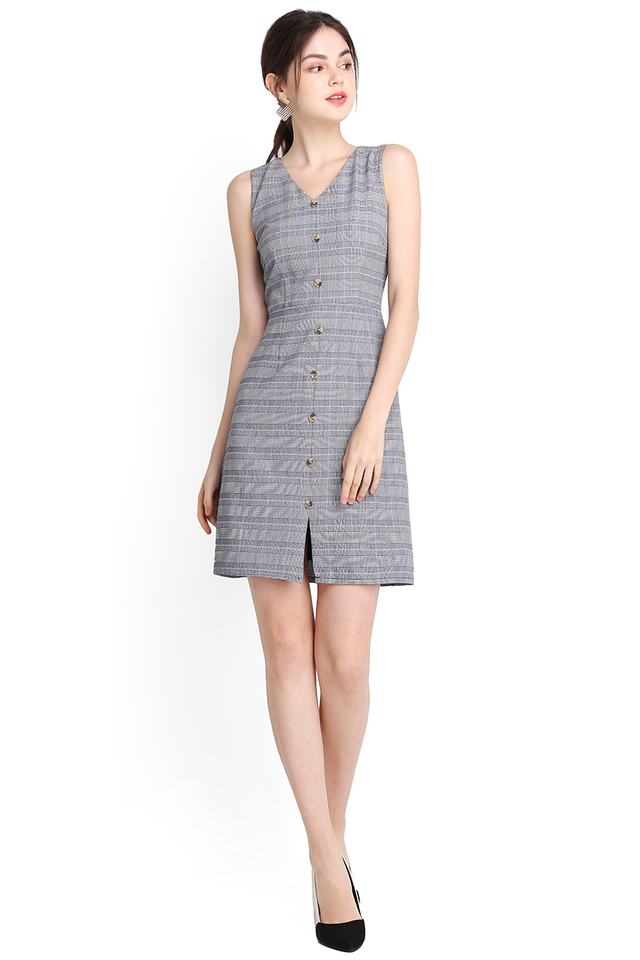 Right This Way Dress In Grey Checks