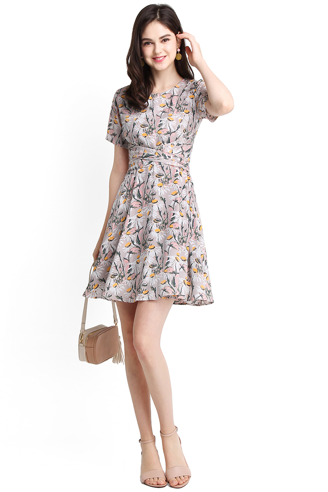 Daisies And Oud Dress In Pink Florals