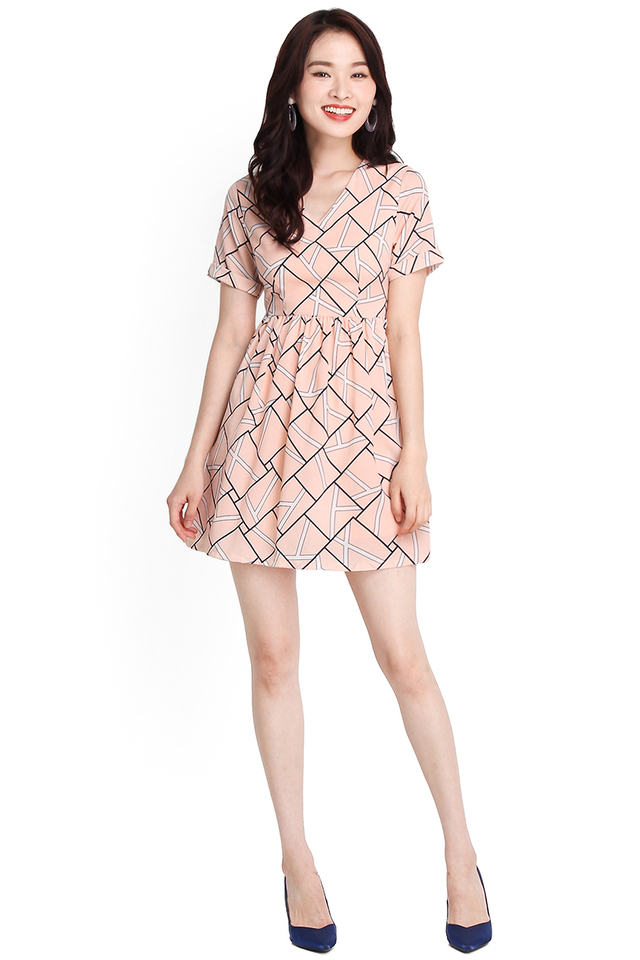 Charming Smile Dress In Peach Prints