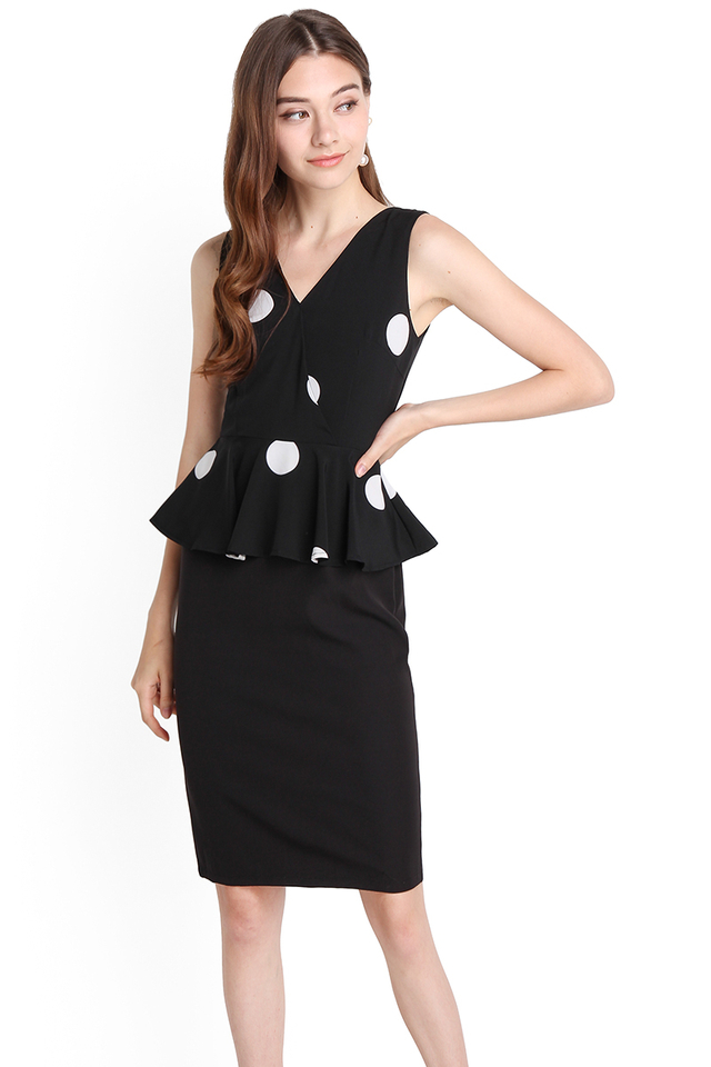 Delicate Finesse Dress In Black Polka Dots