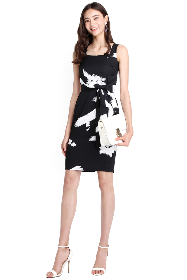Strokes Of Genius Dress In Black Prints