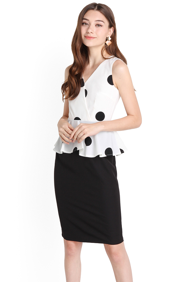 Delicate Finesse Dress In White Polka Dots