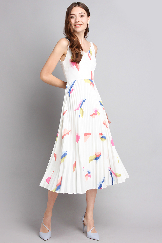 Flourishing Elegance Dress In White Prints