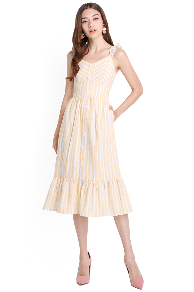 Weekend Favourite Dress In Yellow Stripes