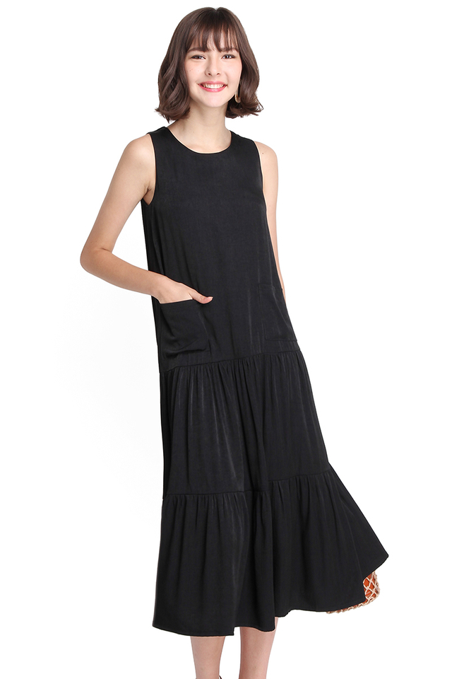 Charming Enthusiast Dress In Classic Black