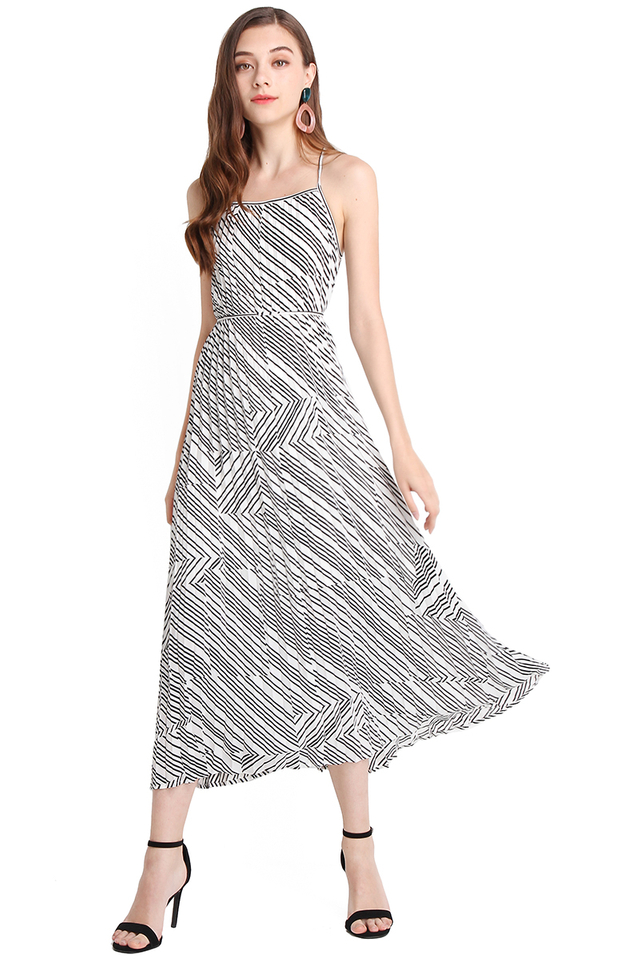 Seize The Moment Dress In Monochrome Prints
