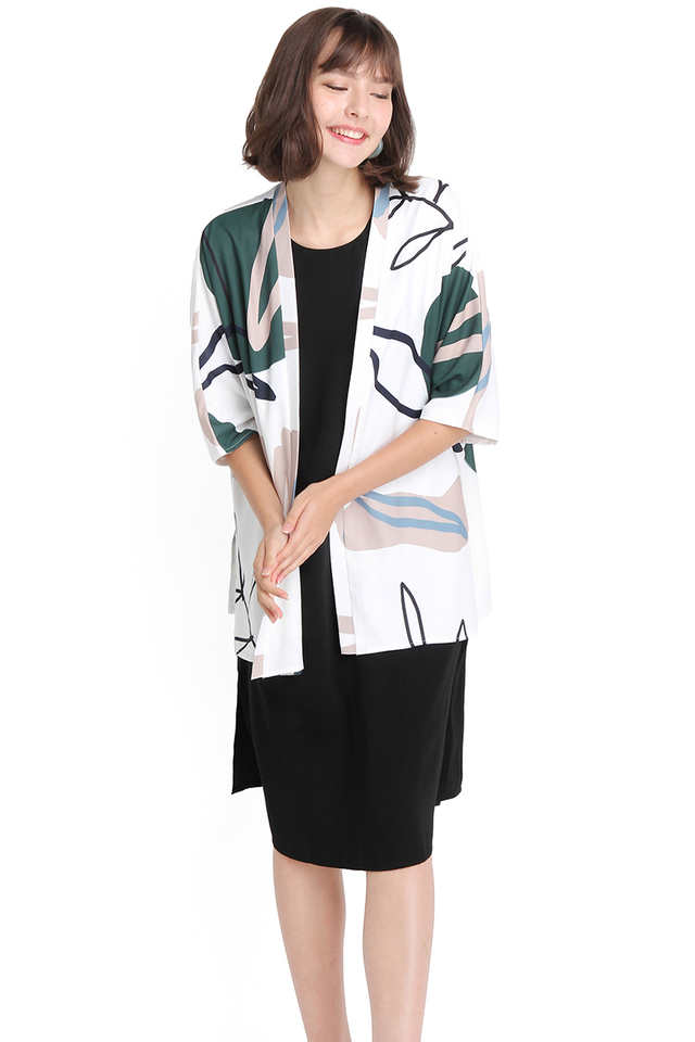 Sociable Appeal Kimono In White Abstract Prints