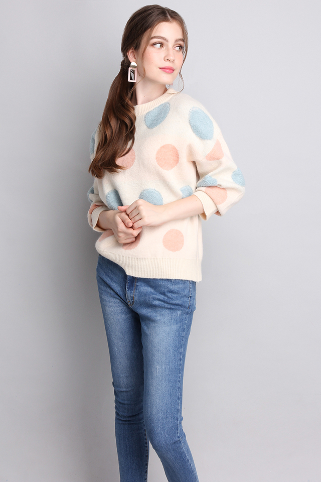 Making A Fuzz Pullover In Pastel Dots