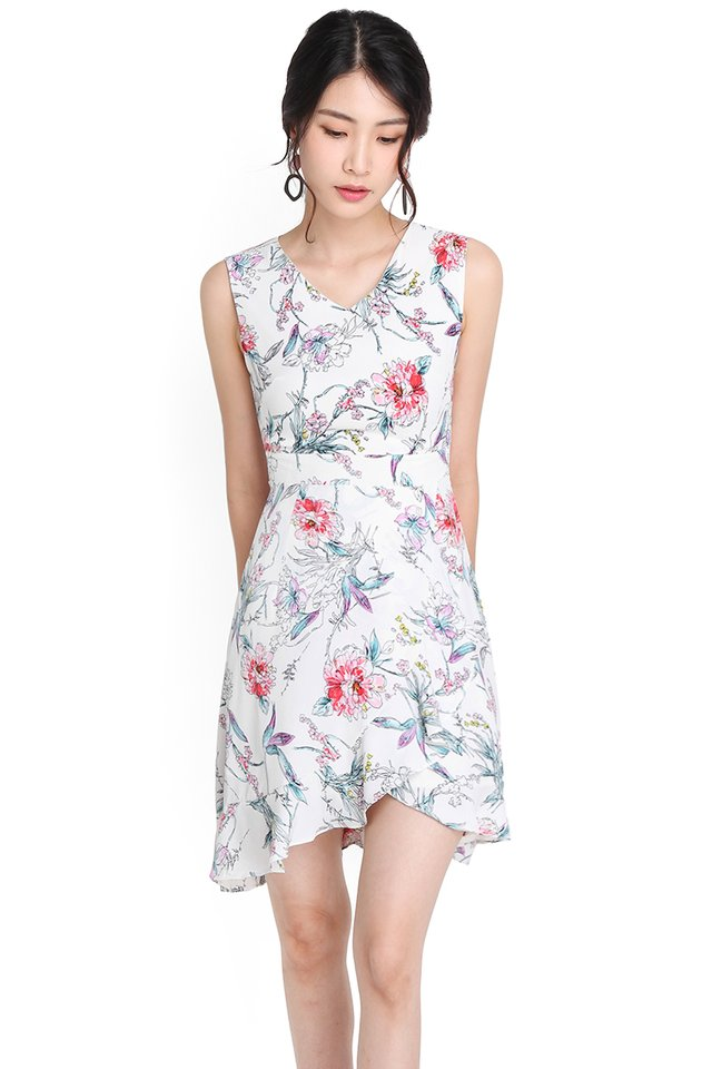 Enchanted Oasis Dress In White Florals
