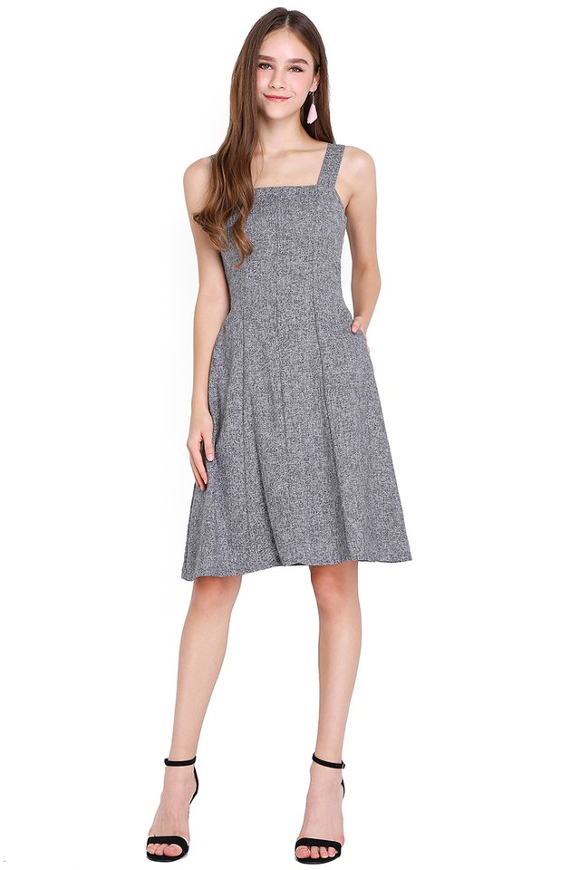 The Perfect Fit Dress In Grey Tweed