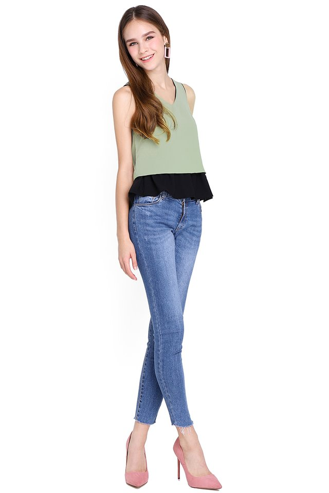 Summer Ready Top In Olive Black