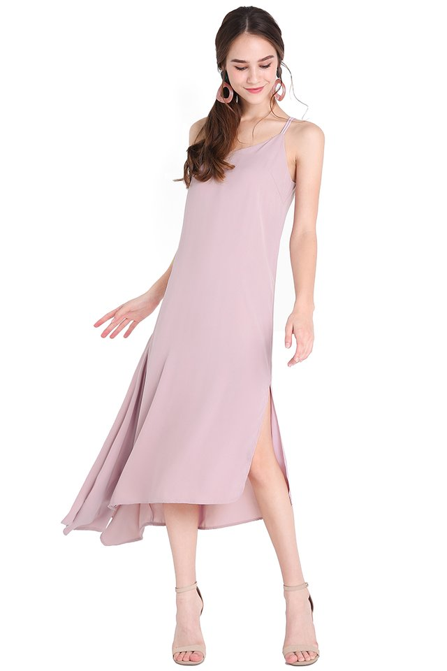 Noteworthy Trend Dress In Dusty Lilac