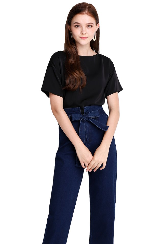 Pleasant Outlook Top In Classic Black