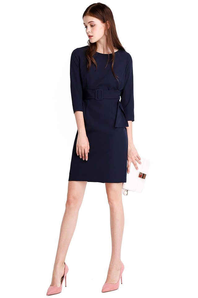 Crowd Pleaser Dress In Navy Blue