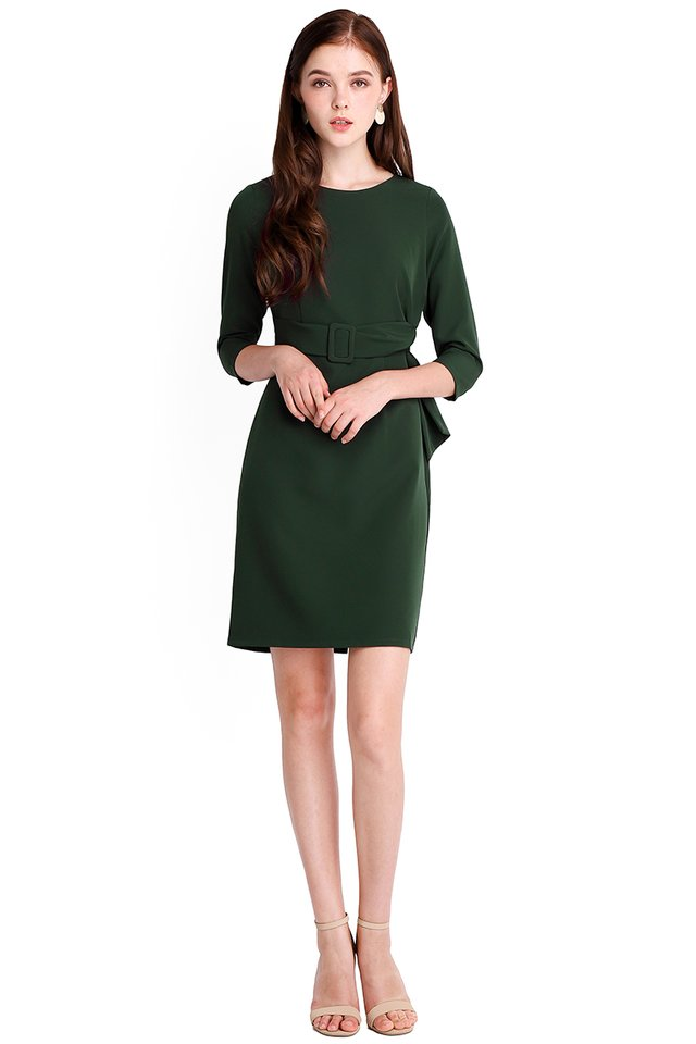 Crowd Pleaser Dress In Forest Green